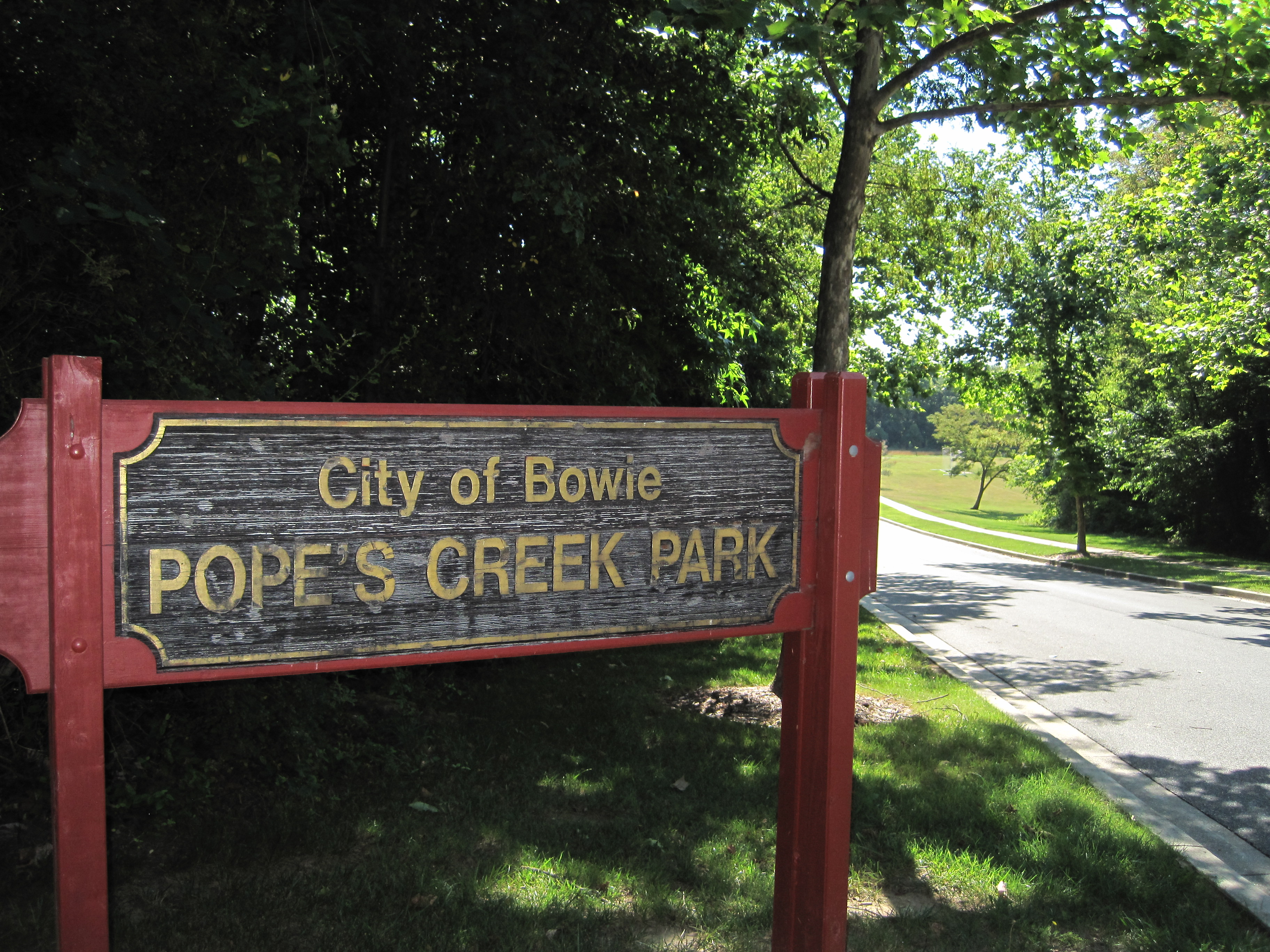 Popes Creek Park Entrance